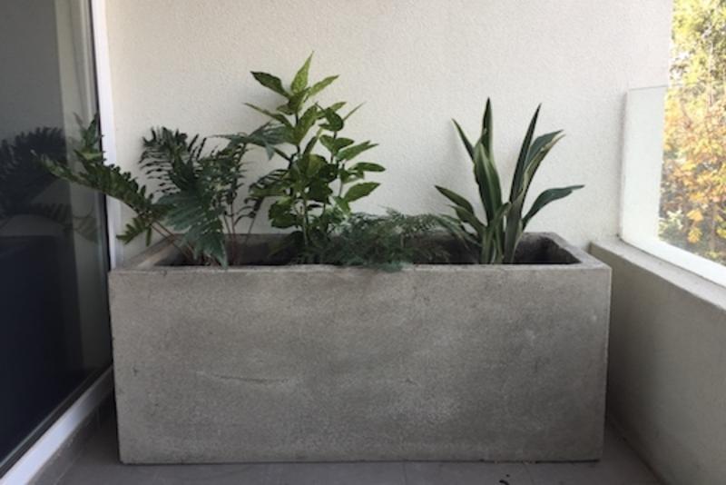Jardineras exterior trendy jardinera de piedra - Plantas jardineras exterior ...